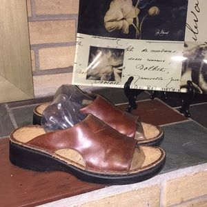 Naot Comfort Slip On Shoe Size 39 Brown